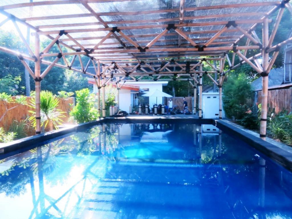 Manta dive gili air hotel in lombok room deals photos - Manta dive gili air ...