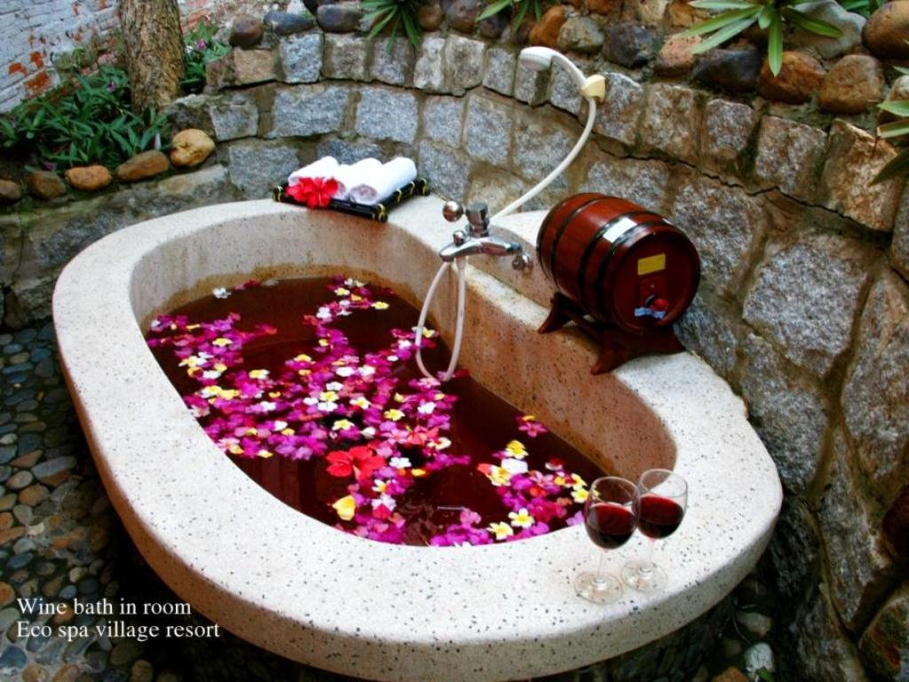 Best price on eco spa village in phan thiet reviews for Acure eco salon prices