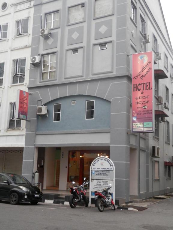 Best Price On Travellers Planet Hostel In Malacca Reviews