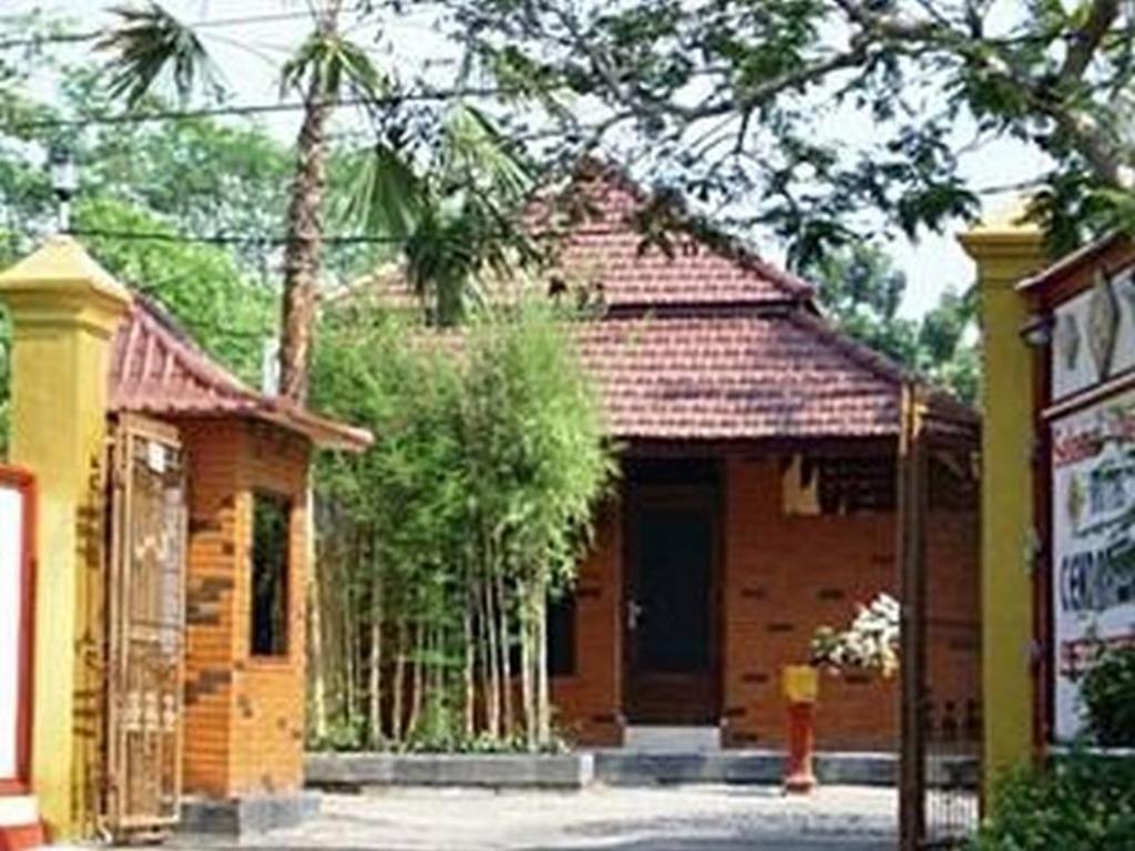 Informasi Lengkap Hotel Cendrawasih