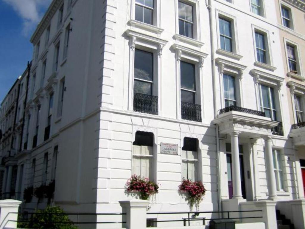 Best Price on Notting Hill Serviced Apartments in London + Reviews!