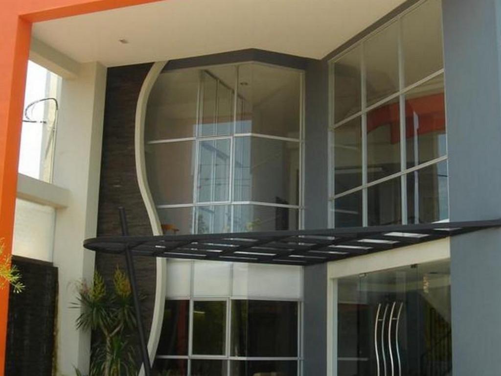 Informasi Lengkap Hotel Surya