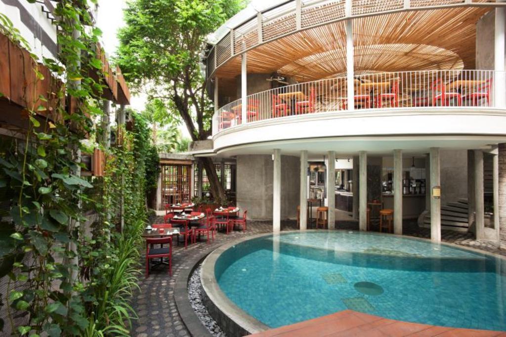 More About Grandmas Hotel Seminyak