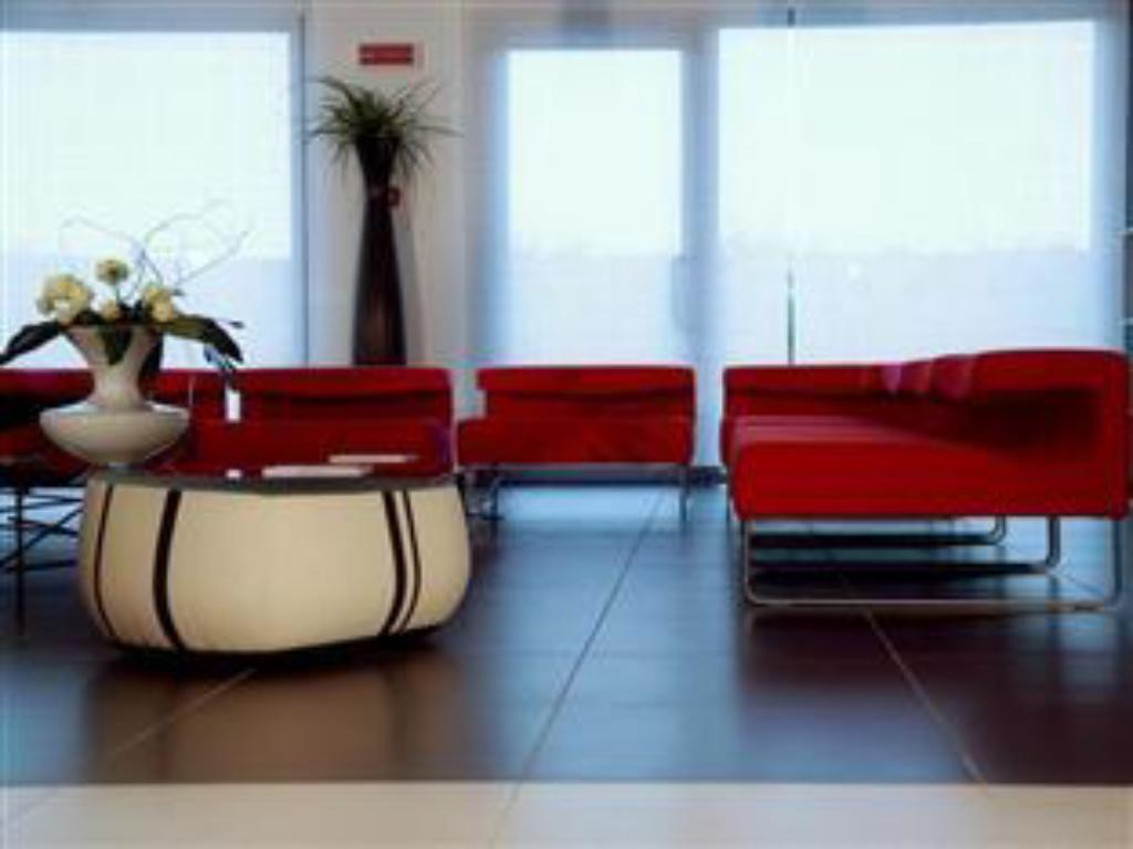 Best Price on Hotel Residence & Centro Congressi Le Terrazze in ...