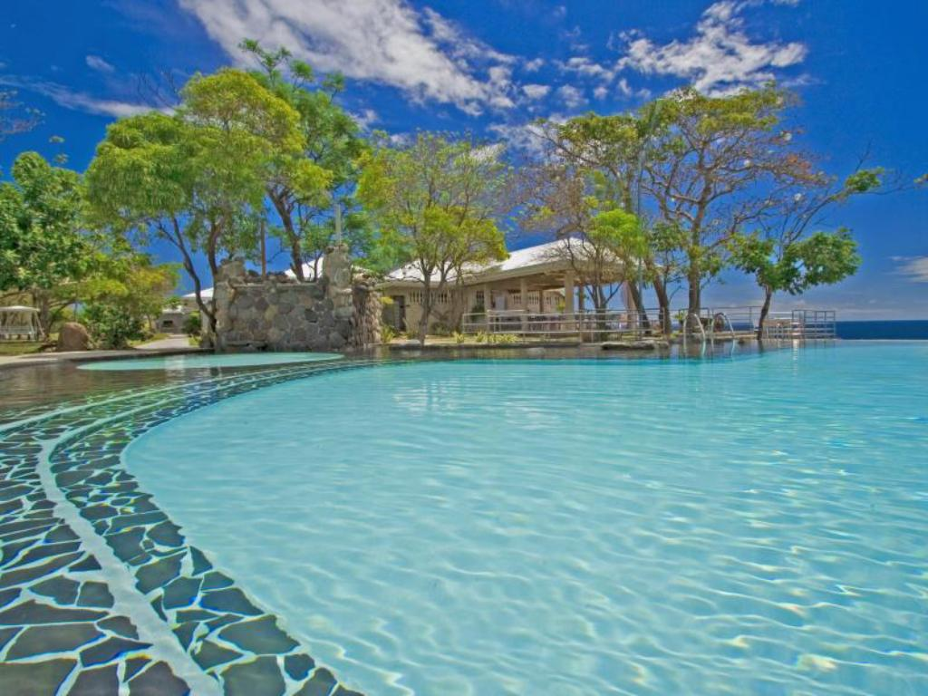 Antulang Beach Resort In Dumaguete
