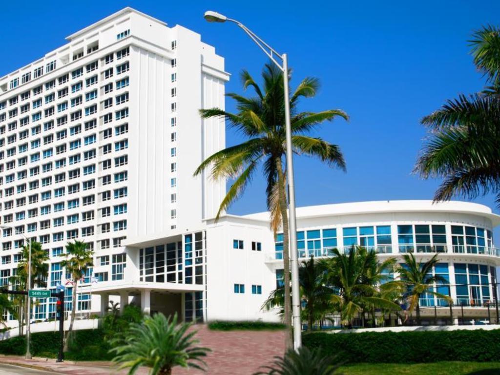 Best Price On Design Suites Miami Beach In Miami Beach  Fl