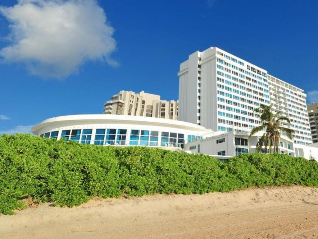 Design Suites At Castle Beach Miami Beach Fl