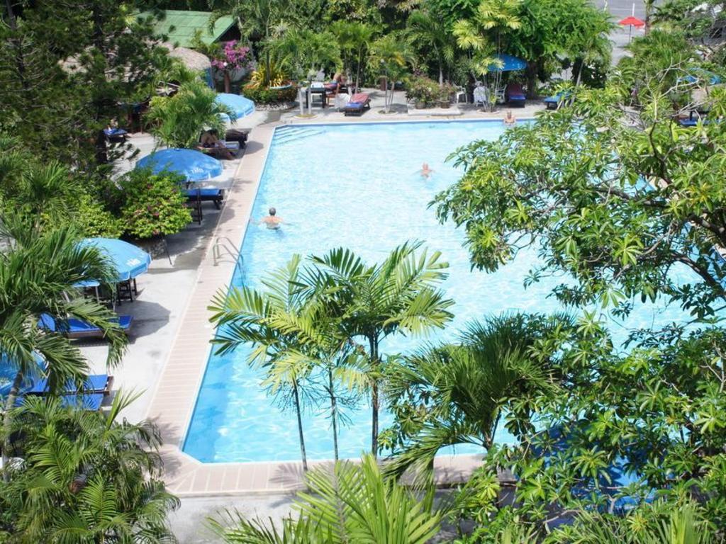 Best Price on Palm Garden Hotel in Pattaya + Reviews!
