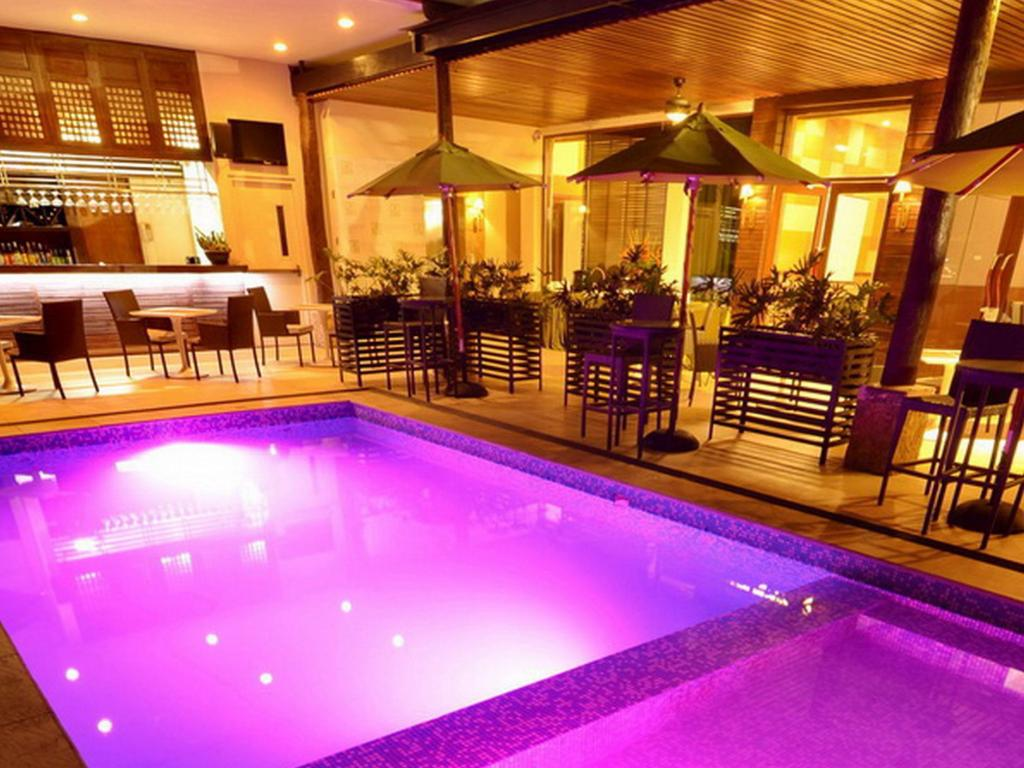 Best price on the cocoon boutique hotel in manila reviews for Boutique hotel 75012