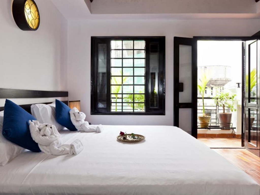 Best price on cinnamon boutique hotel saigon in ho chi for Hotel design course