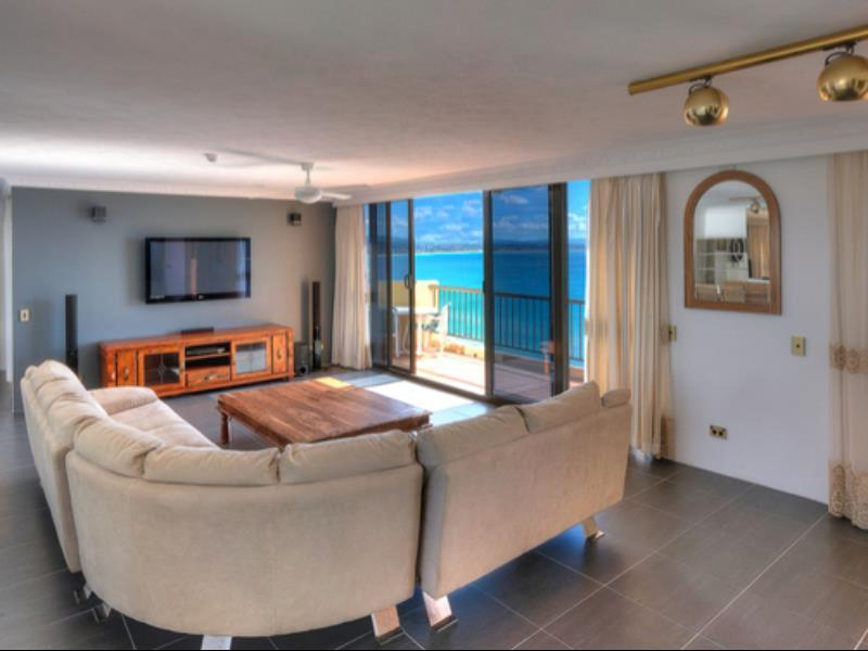 Best Price on Columbia Apartments on Rainbow Bay in Gold ...