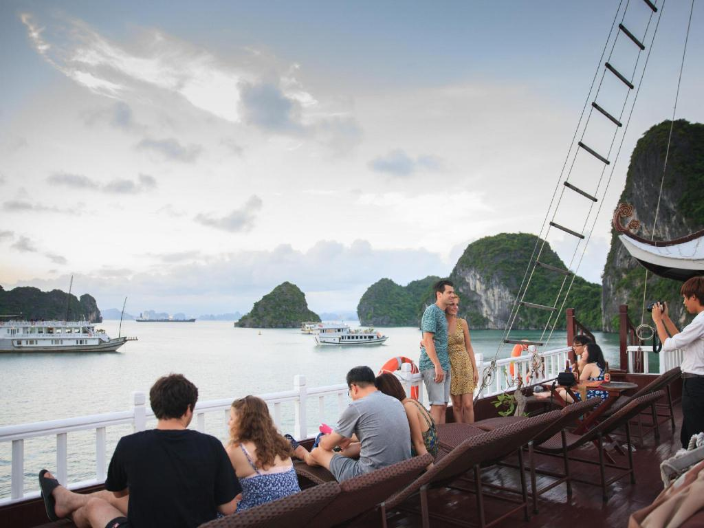 Best Price on Luxury Imperial Cruise Halong in Halong + Reviews!