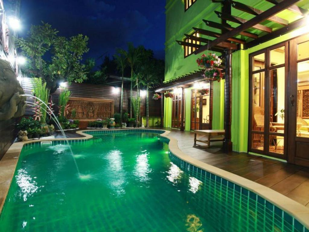 Best Price on Rich Lanna House in Chiang Mai Reviews