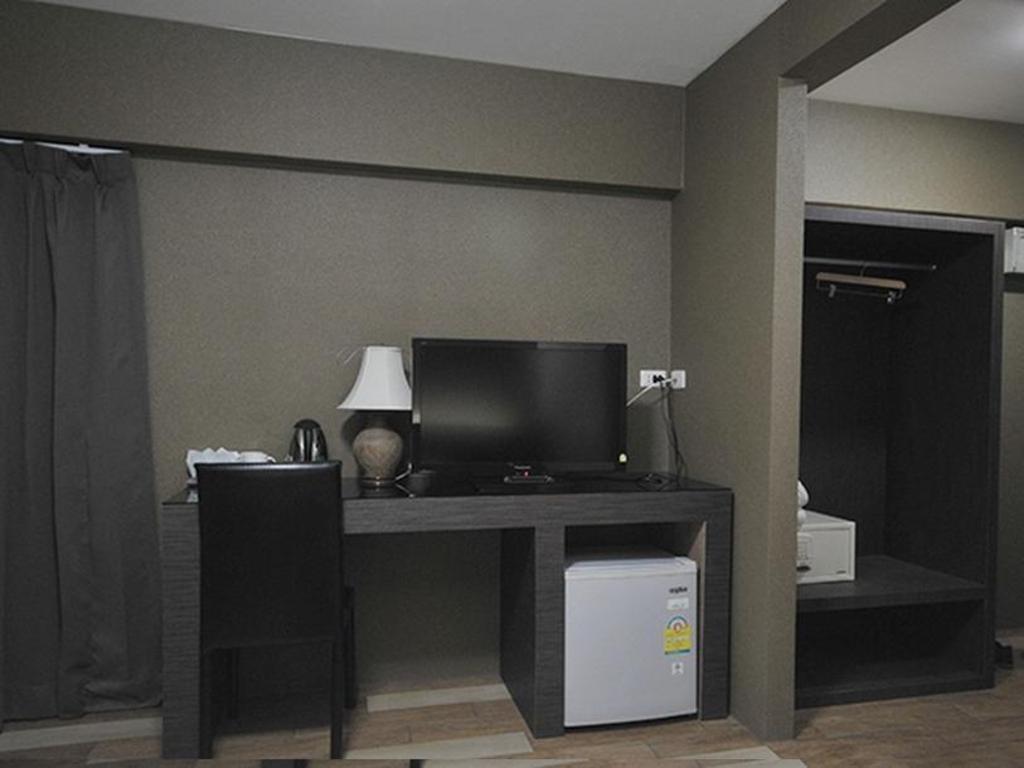 Watana Hotel - Home | Facebook
