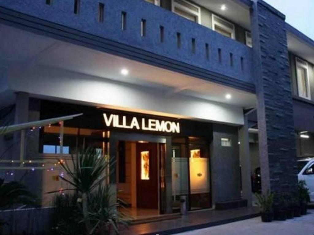 Best Price On Villa Lemon In Bandung Reviews