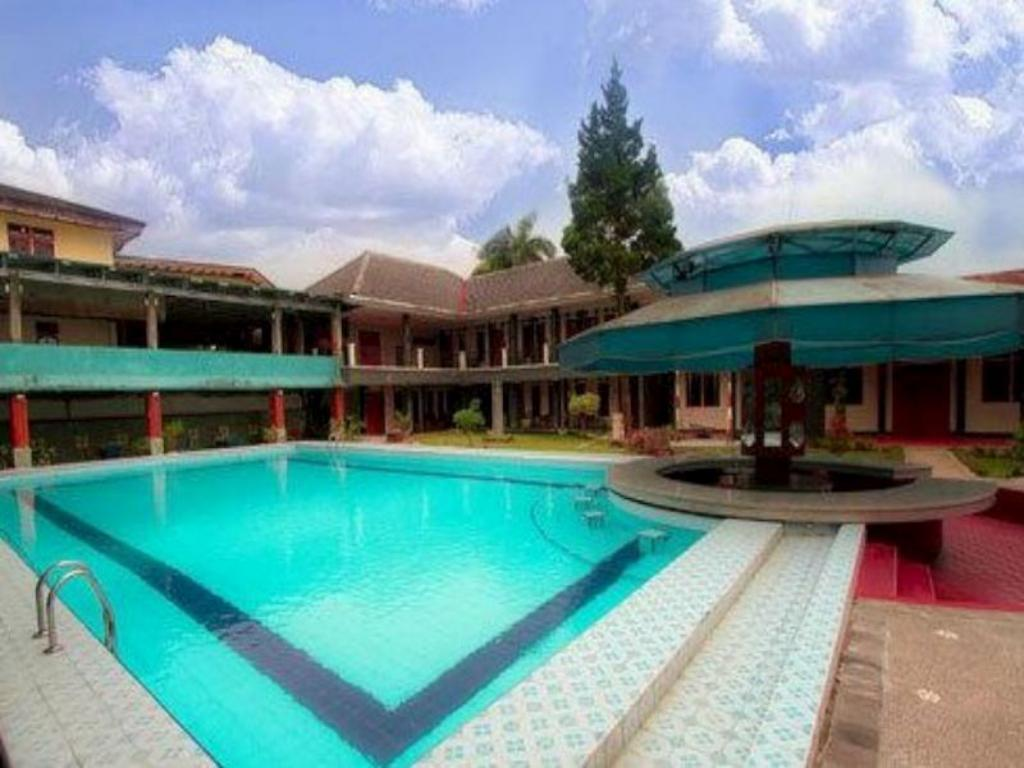 More About Cipayung Asri Hotel