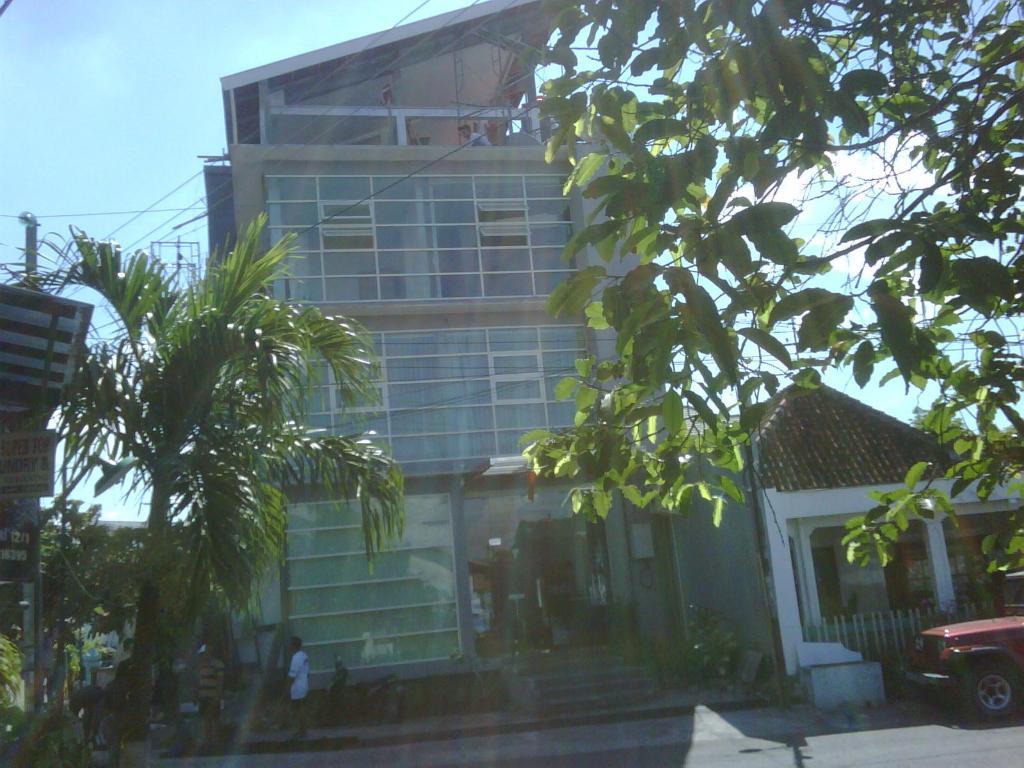 Best Price On Singosari Residence In Semarang Reviews