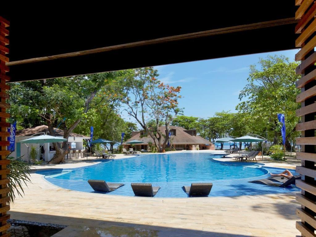 Matabungkay beach resort and hotel in batangas room deals photos reviews for Swimming pool resort in gensan