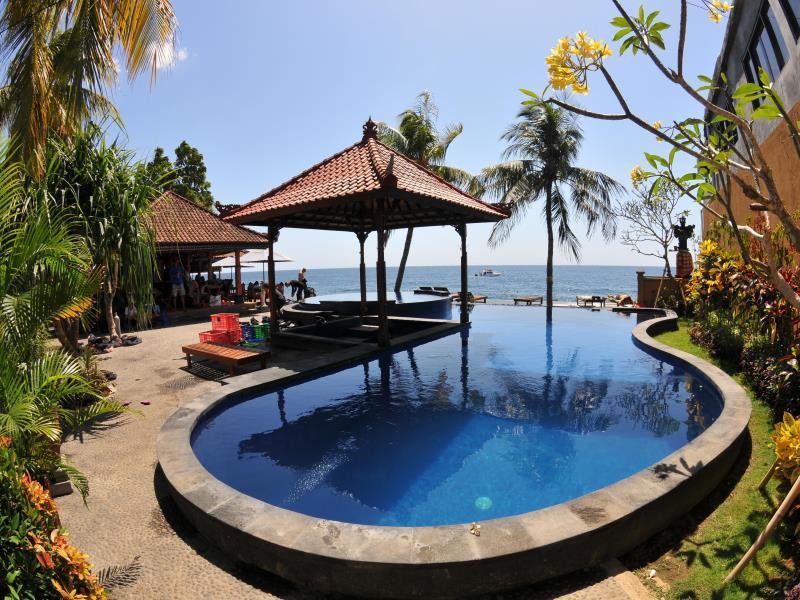 paradise palm beach bungalows