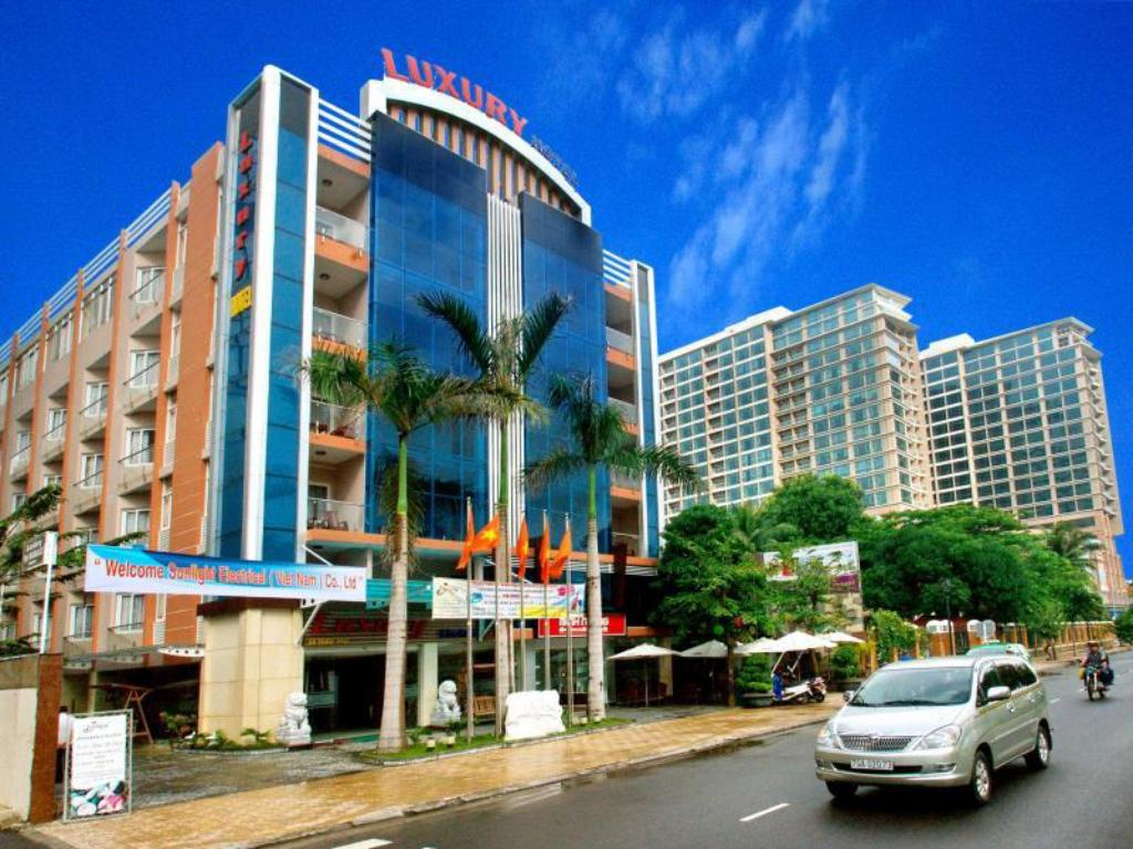 Best price on luxury nha trang hotel in nha trang reviews for Best value luxury hotels