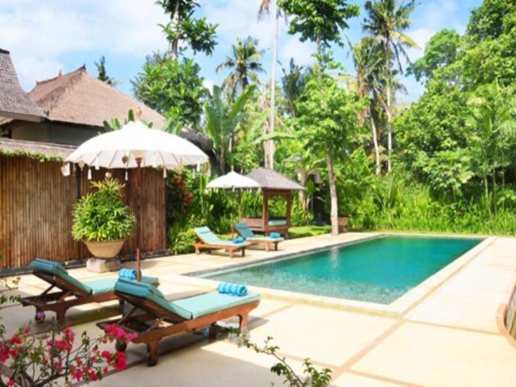 Best Price on Villa Sumatra Bali in Bali + Reviews!