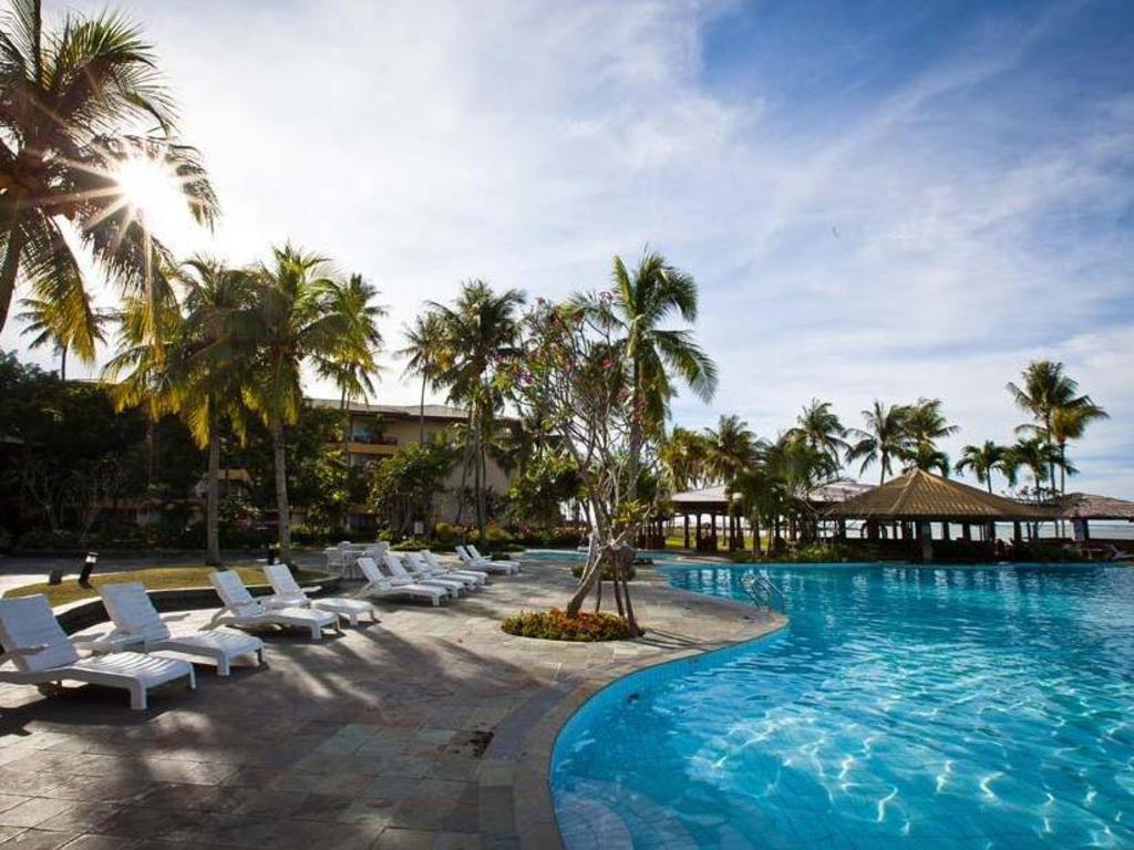 Palm Beach Resort & Spa in Labuan - Room Deals, Photos