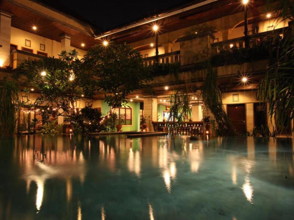 Best Price On Maxi Hotel Spa In Bali Reviews