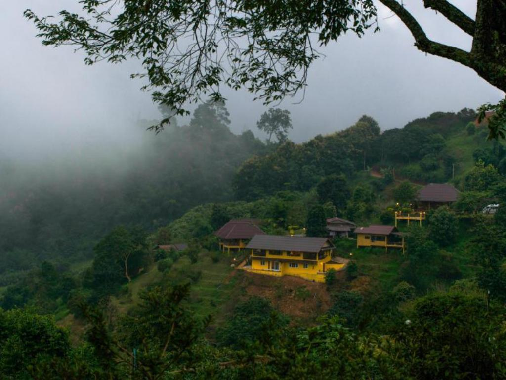 Best price on maesalong mountain home in mae salong for Mountain house coupon