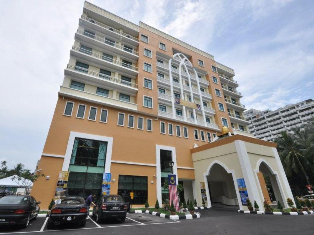 More About Pantai Puteri Hotel