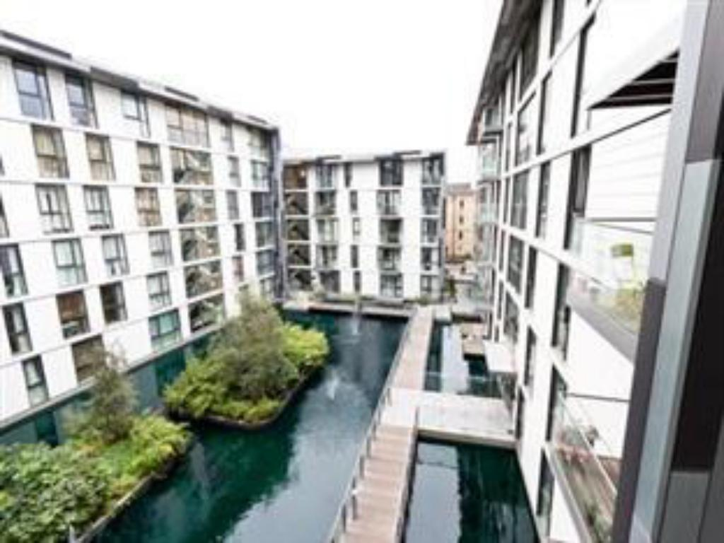 best price on times square serviced apartments in london + reviews!