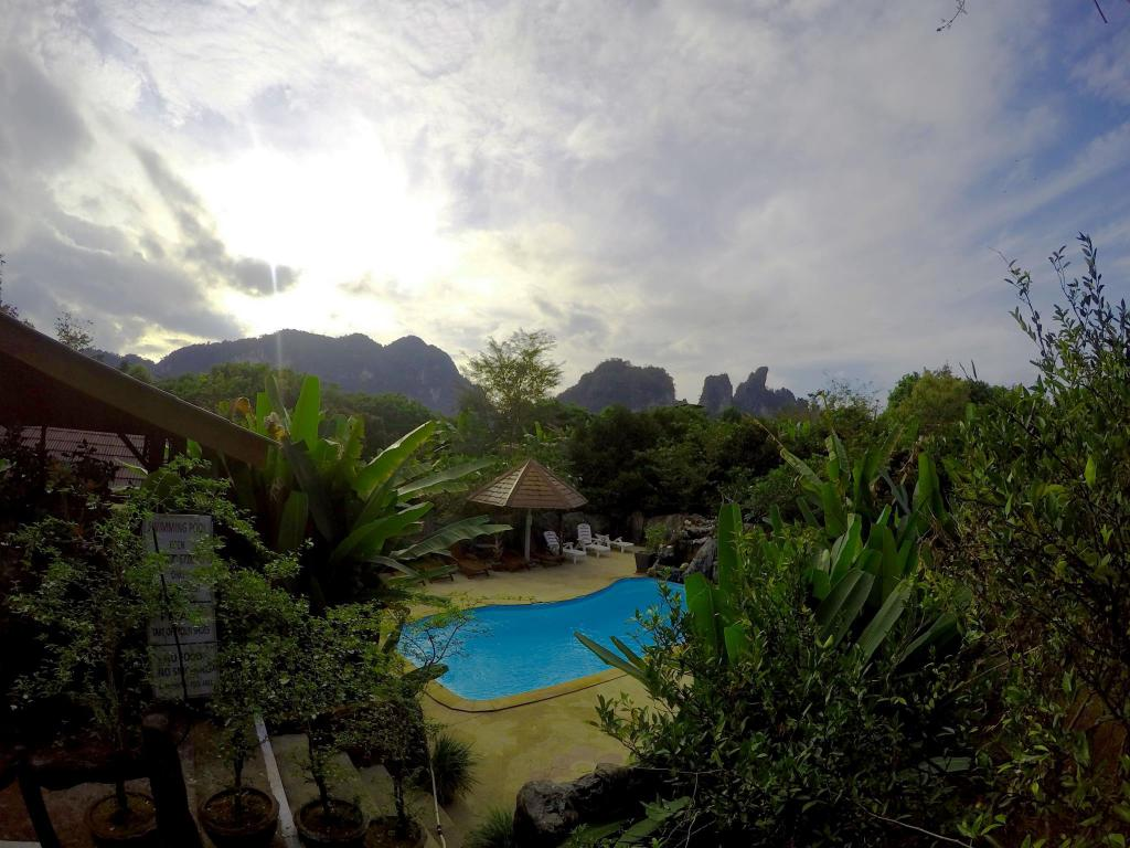 Morning Mist Resort In Khao Sok Suratthani Room Deals