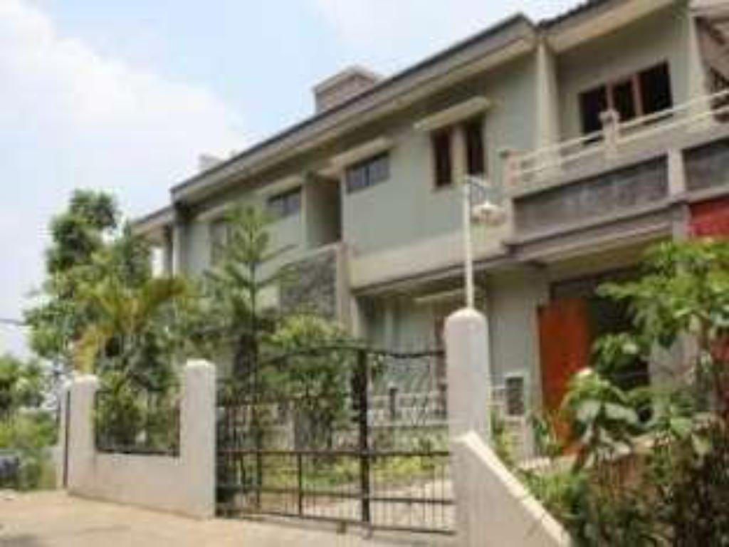 Best price on dago guest house kampung padi in bandung for Guest house cost