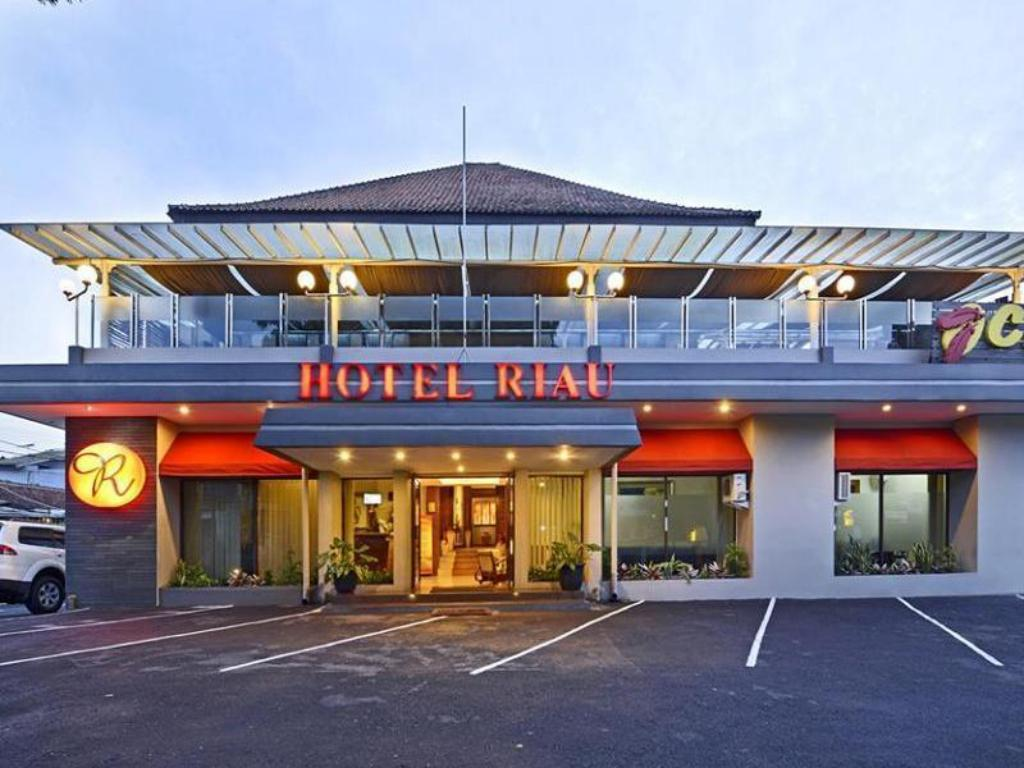More About Hotel Riau