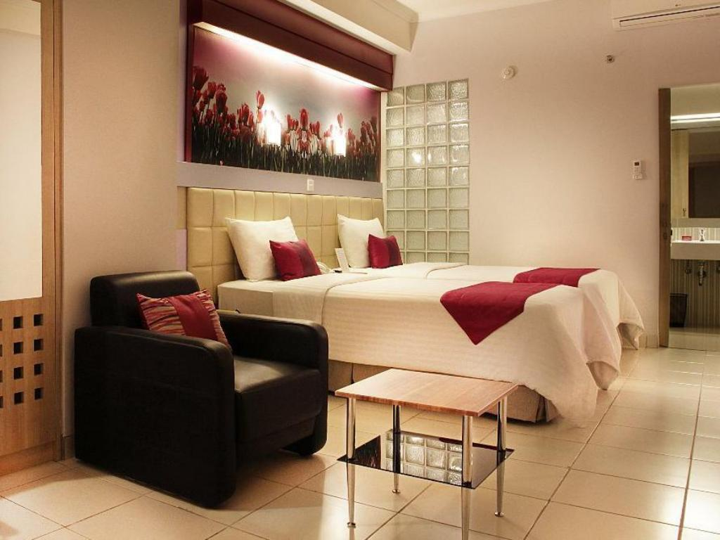 Best Price On Favehotel Premier Cihampelas In Bandung Reviews