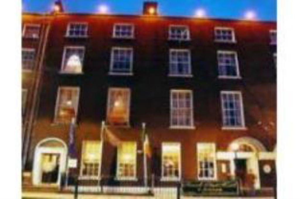 Hotel Reviews Of Russell Court Hotel Dublin Ireland Page 1