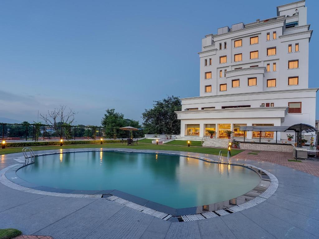 Hotel Royal Sarovar Portico Siliguri Best Price On Hotel Royal Sarovar Portico Siliguri In Siliguri