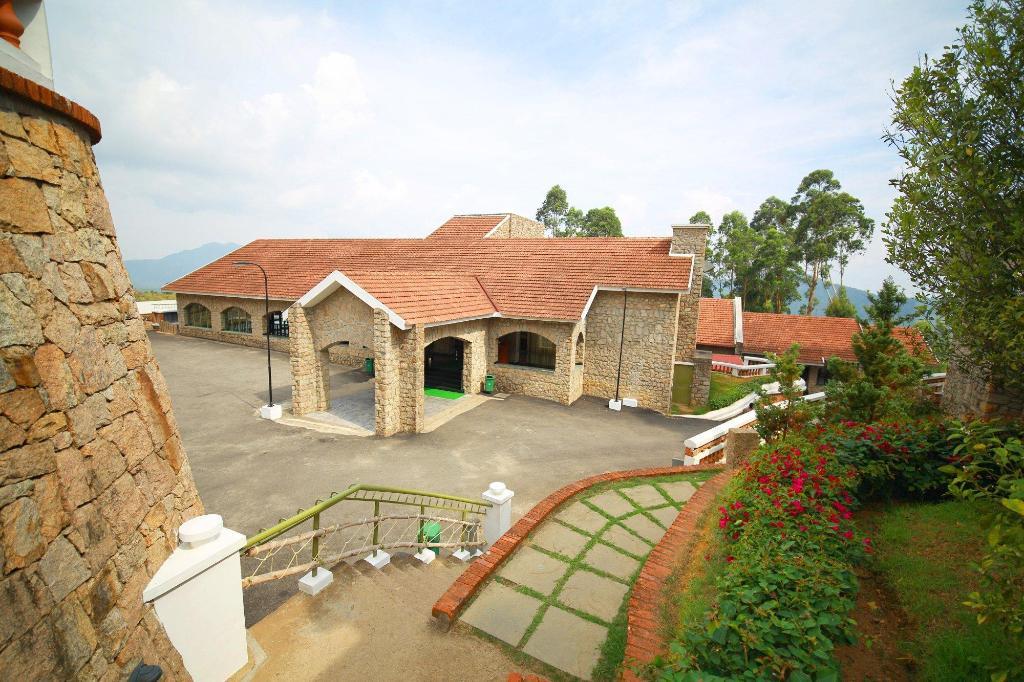 mountain club resort in munnar