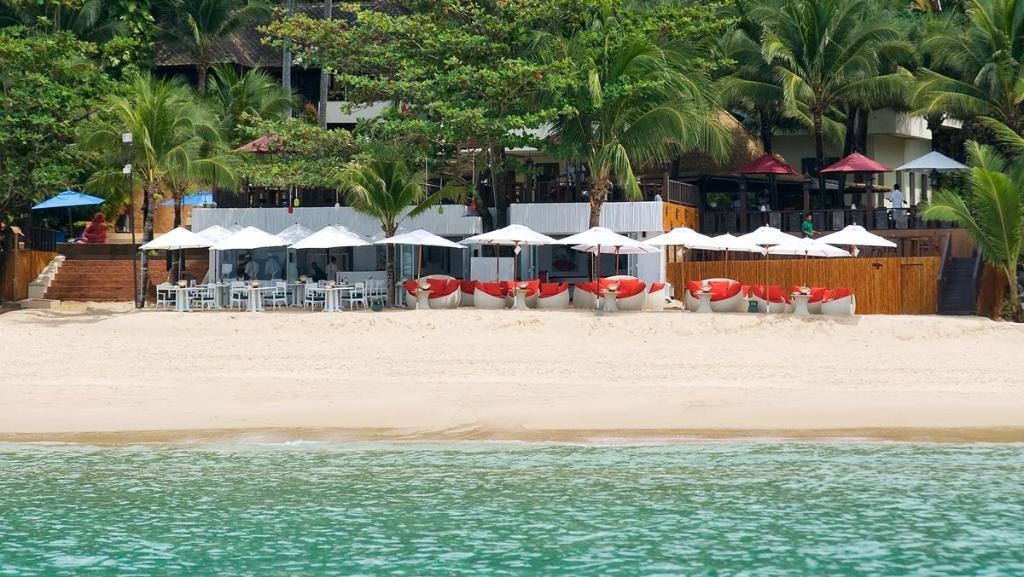 Andaman White Beach Resort Tambon Sakoo Amphur Thalang Phuket Thailand