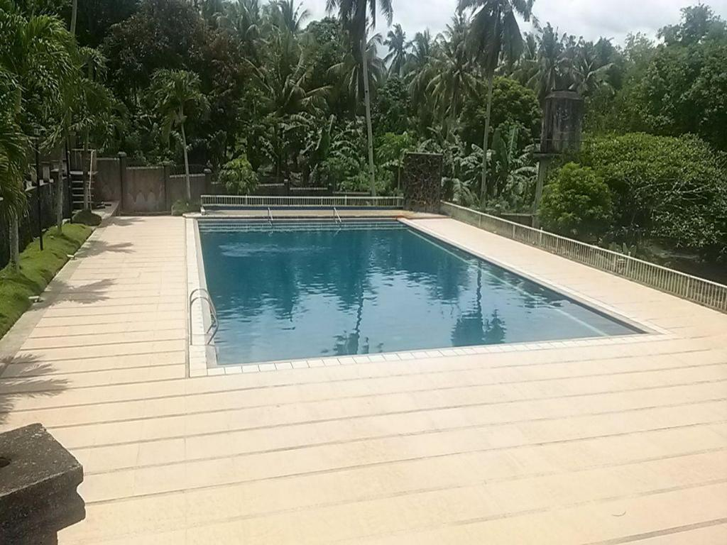 Kayumanggi Resort In Naga City Room Deals Photos Reviews