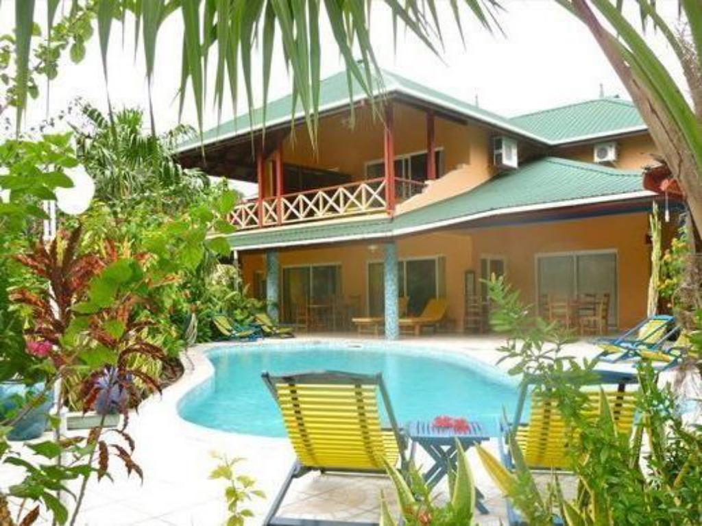 Best price on la diguoise guest house in seychelles for Guest house on the mount reviews