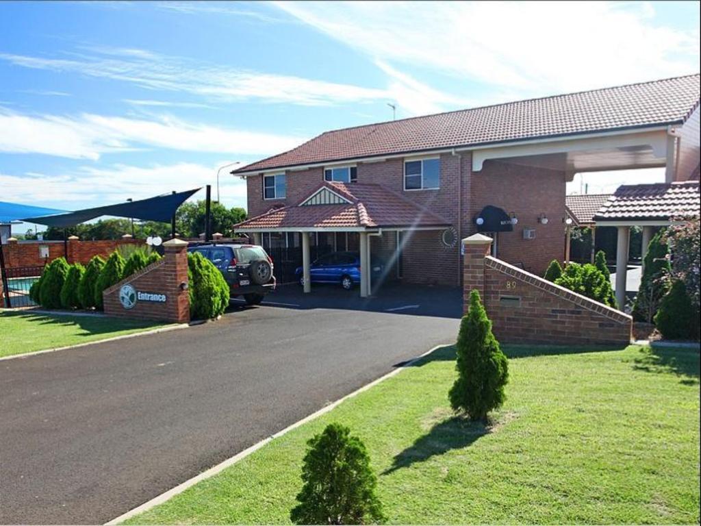 Allan Cunningham Motel Best Price On Cotswold Motor Inn In Toowoomba Reviews