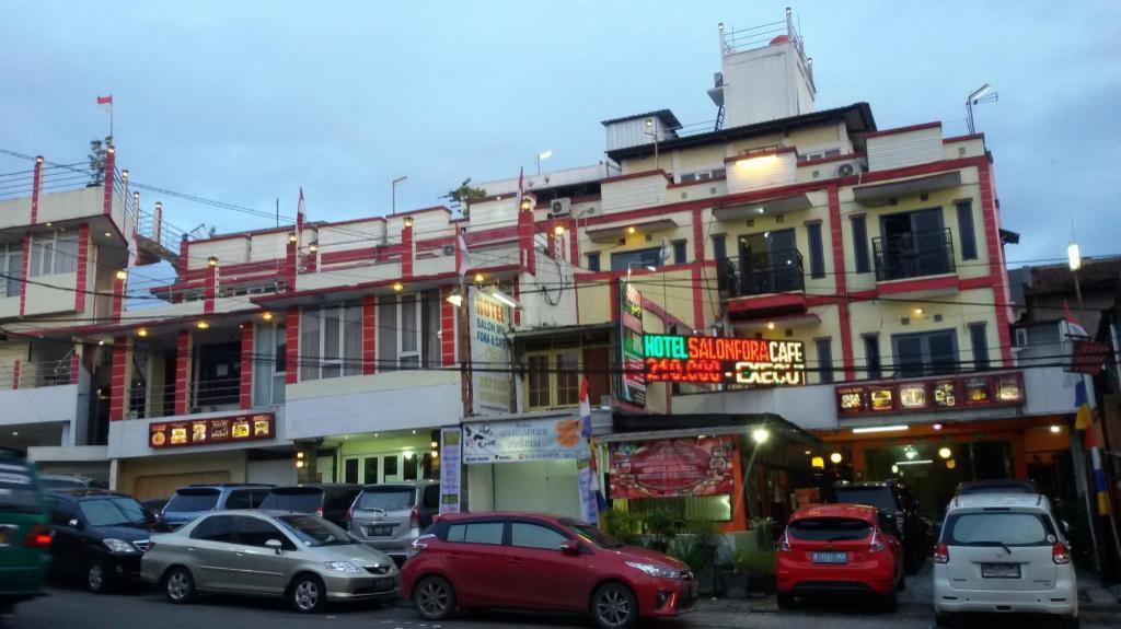 More About Hotel Salon Fora
