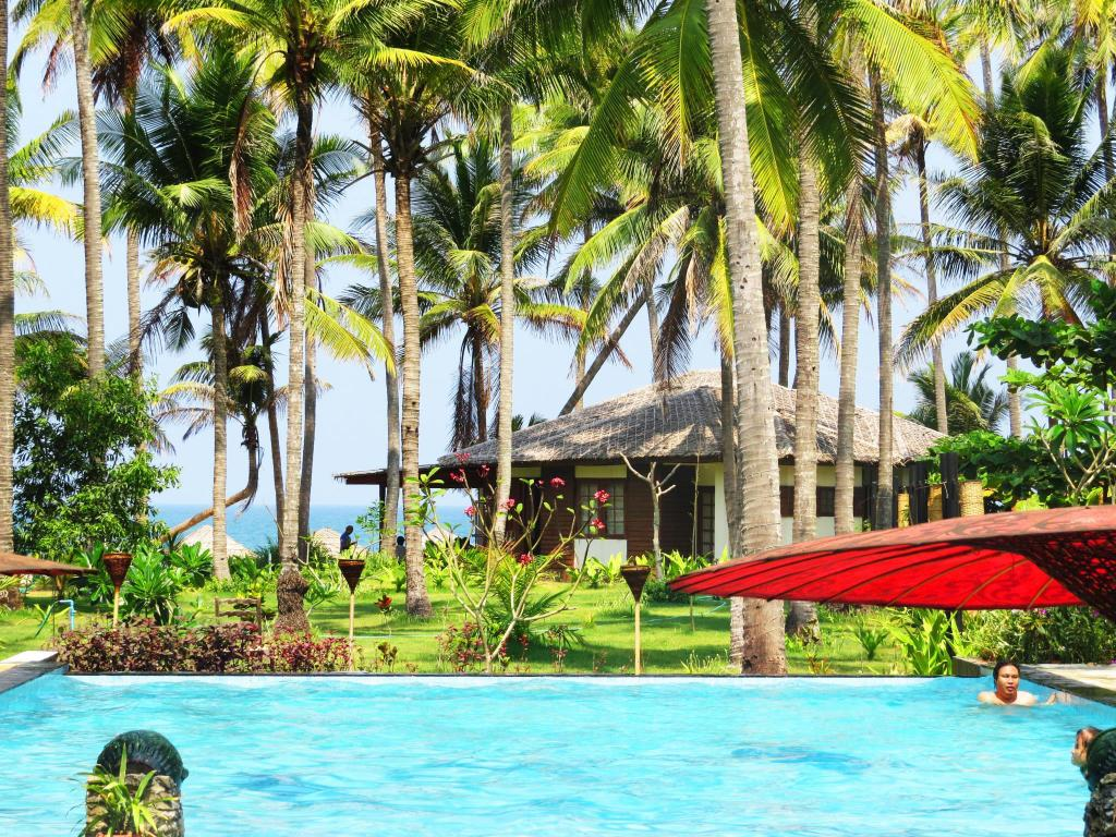Best Price on Emerald Sea Resort in Ngwesaung Beach + Reviews!