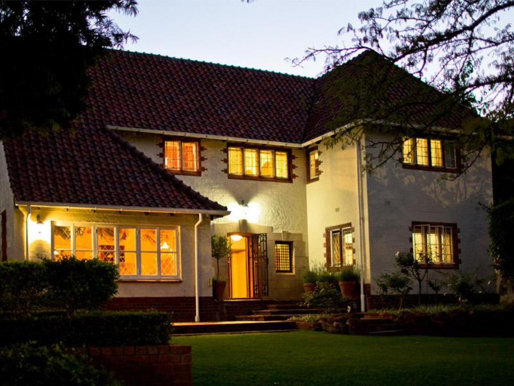 Best Price on Brooklyn Manor Guesthouse in Pretoria Reviews