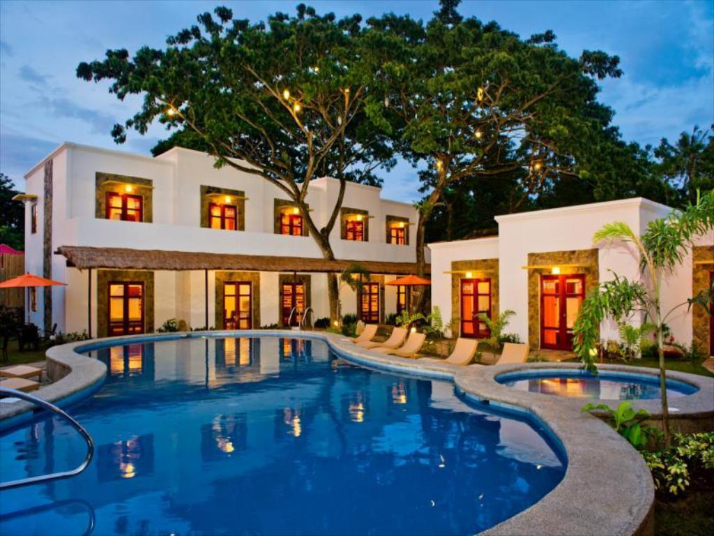 More About Acacia Tree Garden Hotel