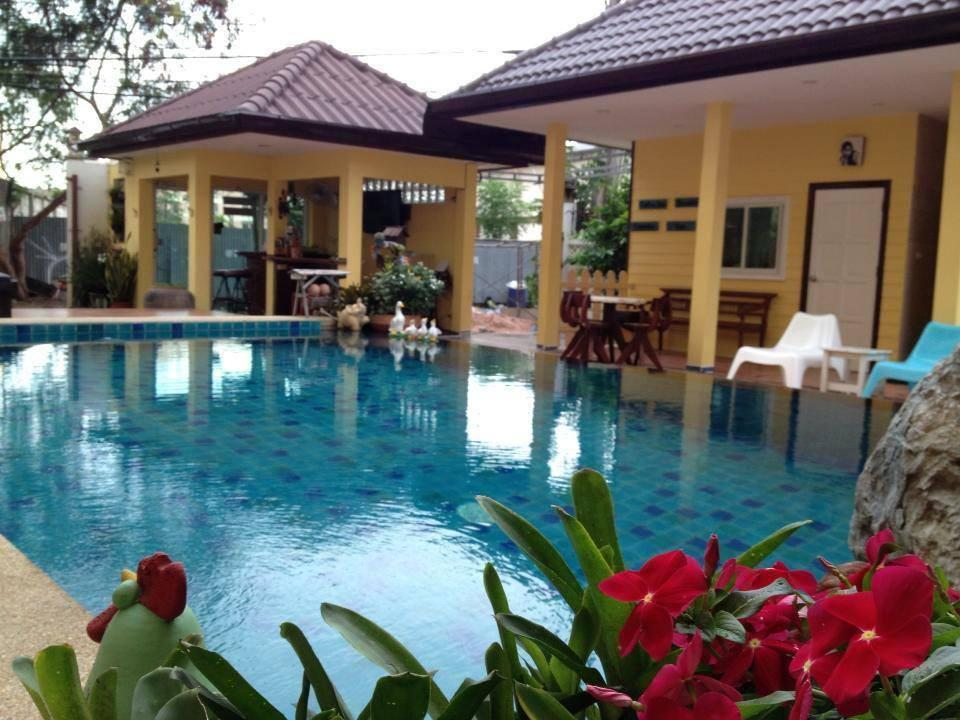 Great Hotel Reviews Of Pius Place Pattaya Thailand   Page 1 Pictures Gallery
