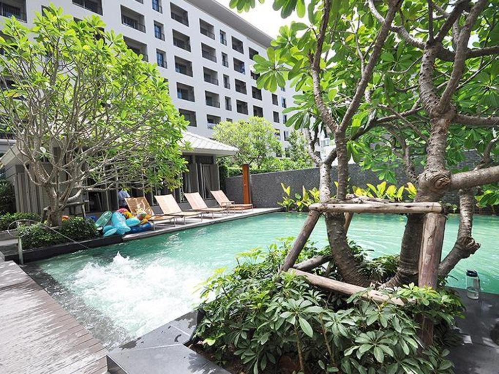 Best price on 1 bed apartment at national stadium bts - Stadium swimming pool bloemfontein prices ...