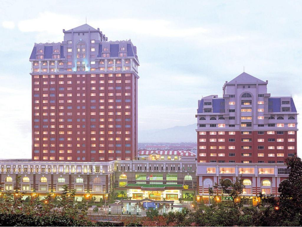 Yuyao grand pacific hotel in ningbo room deals photos for Pacific grand