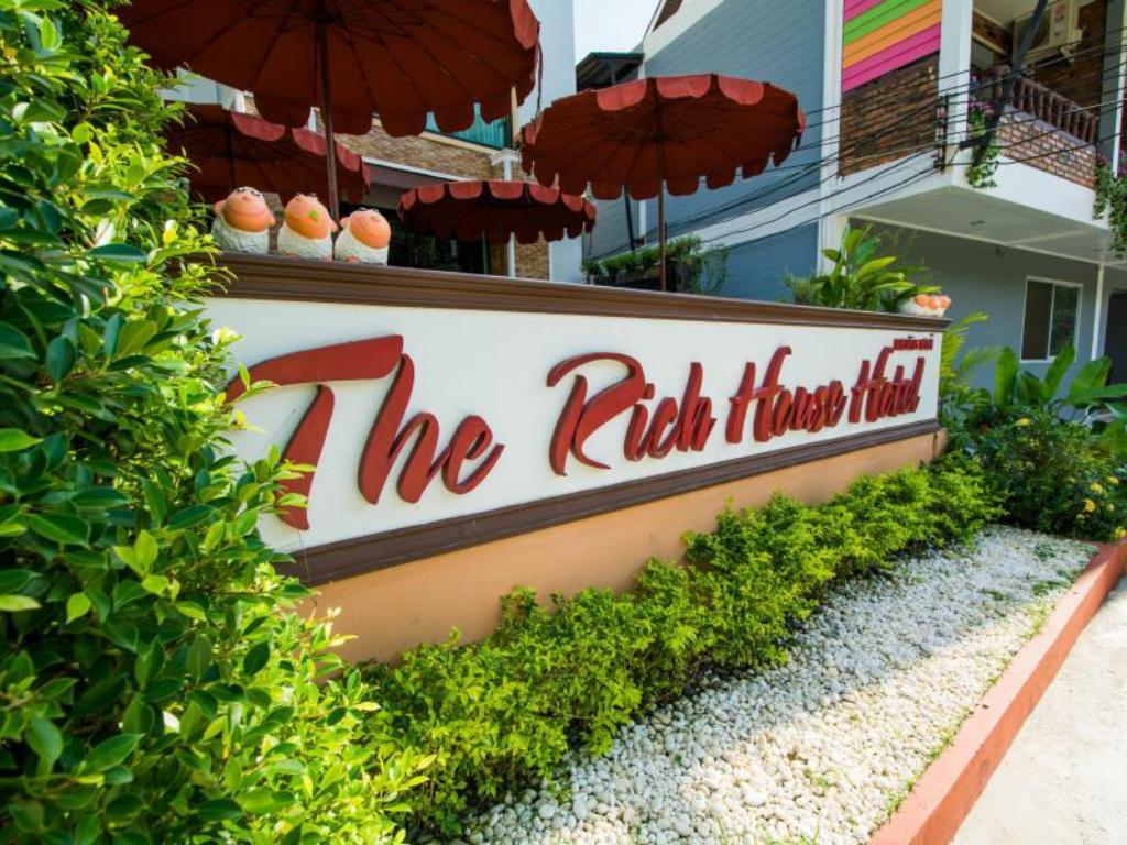 Best Price on The Rich House in Krabi Reviews