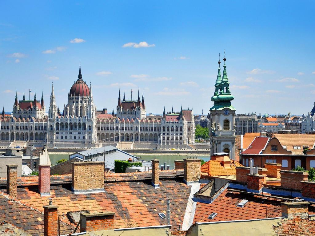 Best Price on Piano Castle Hill Apartments in Budapest ...
